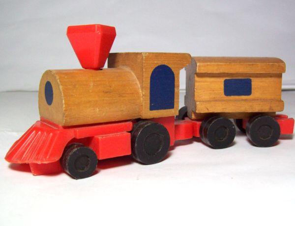 Trenes de juguetes de madera imagui - Juguetes antiguos de madera ...